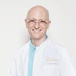 F. Michael Sendler - Zahnarzt und Spezialist für Zahnimplantate aus Keramik